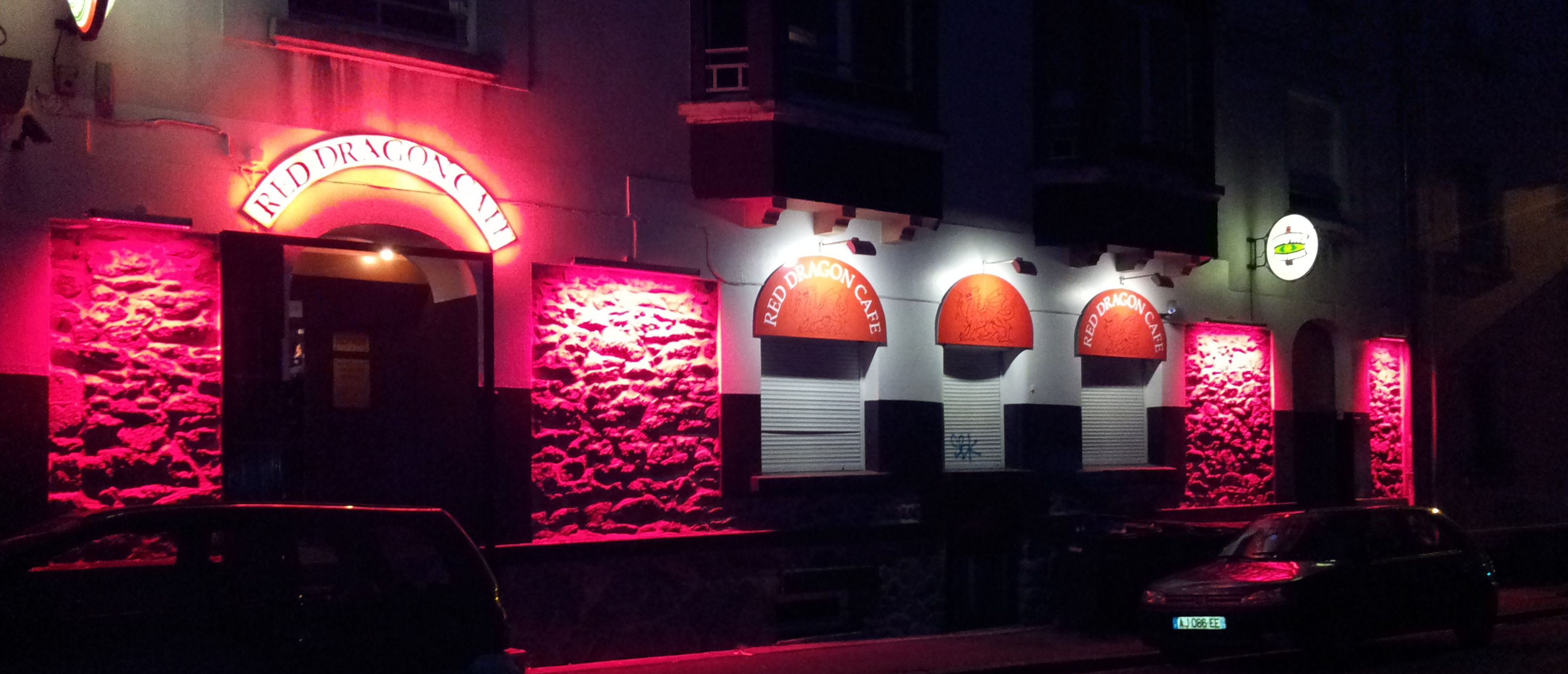 Red Dragon Cafe-1235X530